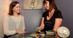 Why Get a Financial Psychic Reading?