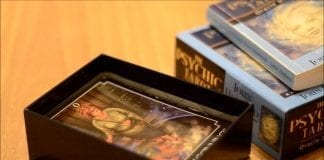 What Are Psychic Oracle Cards Readings?