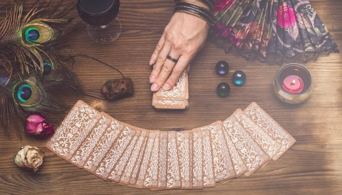 Questions to Ask When Getting a Tarot Reading